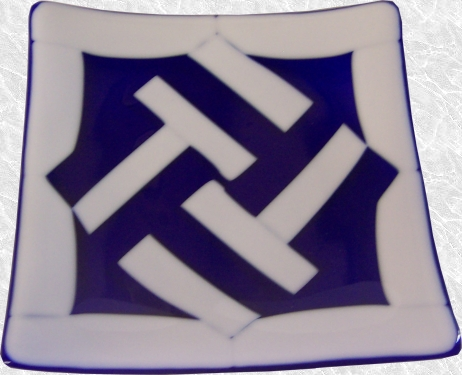 Blue and White Fused Plate